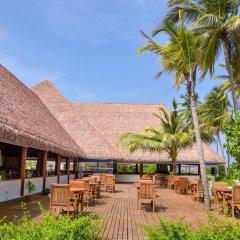 Отель Reethi Faru Resort фото 10