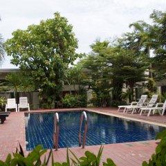 Отель Phuket Garden Home бассейн