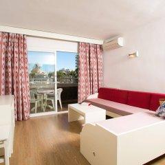 Отель Aparthotel Cabau Aquasol Испания, Пальманова - 1 отзыв об отеле, цены и фото номеров - забронировать отель Aparthotel Cabau Aquasol онлайн комната для гостей фото 4