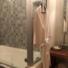 Hotel Edicion Uno Гвадалахара ванная