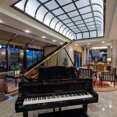 Отель Hilton Izmir интерьер отеля фото 2