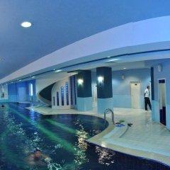 Шаляпин Палас Отель бассейн