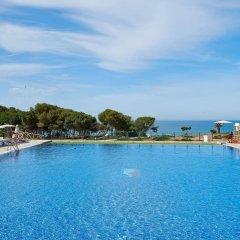 Отель Hipotels Gran Conil & Spa Испания, Кониль-де-ла-Фронтера - отзывы, цены и фото номеров - забронировать отель Hipotels Gran Conil & Spa онлайн бассейн фото 3