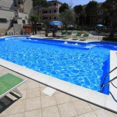Отель Ben Hur Римини бассейн фото 3