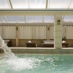 Coral Hotel Athens бассейн