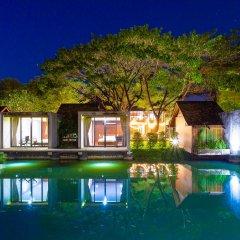 Отель Into The Forest Resort бассейн