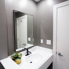 Отель Embassy Inn ванная