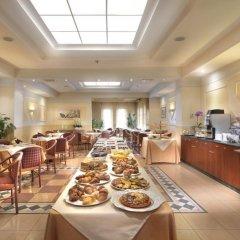 Отель Piramidi Hotel Италия, Лимена - отзывы, цены и фото номеров - забронировать отель Piramidi Hotel онлайн питание