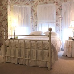 Отель 50 Lincoln Short North Bed and Breakfast