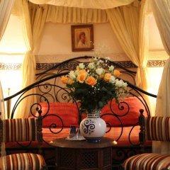Отель Dar Al Kounouz Марокко, Марракеш - отзывы, цены и фото номеров - забронировать отель Dar Al Kounouz онлайн интерьер отеля