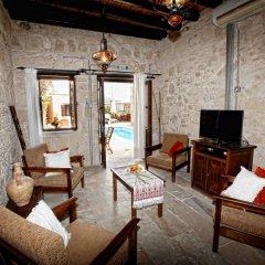 Отель Leonidas Village Houses комната для гостей фото 3