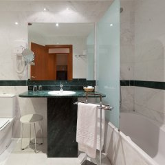 Отель Checkin Valencia ванная