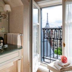 Отель Four Seasons George V Париж балкон