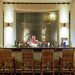 Отель Centara Ceysands Resort & Spa Sri Lanka гостиничный бар