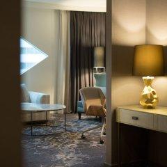 Отель Hilton Amsterdam Airport Schiphol Нидерланды, Схипхол - 1 отзыв об отеле, цены и фото номеров - забронировать отель Hilton Amsterdam Airport Schiphol онлайн удобства в номере