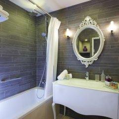 Отель Апарт-отель La Clef Louvre Paris Франция, Париж - отзывы, цены и фото номеров - забронировать отель Апарт-отель La Clef Louvre Paris онлайн ванная