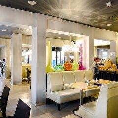 Отель Apollo Museumhotel Amsterdam City Centre Амстердам гостиничный бар