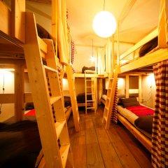 Tokyo Hikari Guesthouse - Hostel Токио комната для гостей
