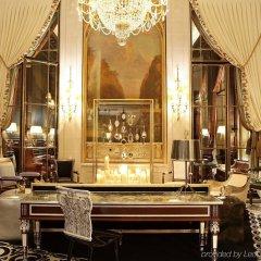 Отель Le Meurice Dorchester Collection Париж гостиничный бар