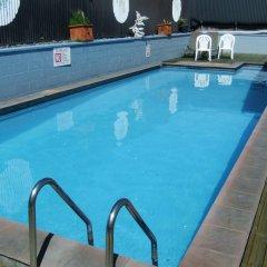 Отель Kowhai & Colonial Motel бассейн