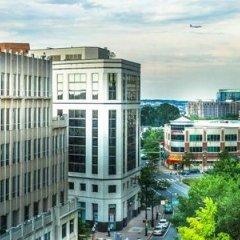 Отель Residence Inn Arlington Courthouse балкон