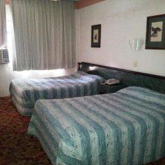 Отель Suites Madrid 11 Мексика, Мехико - отзывы, цены и фото номеров - забронировать отель Suites Madrid 11 онлайн комната для гостей фото 3