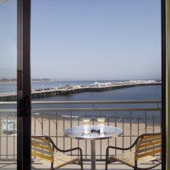 Отель Dream Inn Santa Cruz балкон