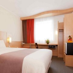 ibis Malabo in Malabo, Equatorial Guinea from 111$, photos, reviews - zenhotels.com guestroom