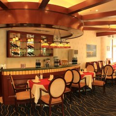 Отель Beijing Exhibition Centre Hotel Китай, Пекин - отзывы, цены и фото номеров - забронировать отель Beijing Exhibition Centre Hotel онлайн гостиничный бар