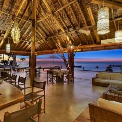 Отель Tides Reach Resort Фиджи, Остров Тавеуни - отзывы, цены и фото номеров - забронировать отель Tides Reach Resort онлайн гостиничный бар