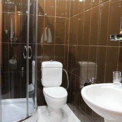 Отель Дипломат Грузия, Тбилиси - отзывы, цены и фото номеров - забронировать отель Дипломат онлайн ванная фото 2