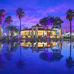 Bellis Deluxe Hotel Турция, Белек - 10 отзывов об отеле, цены и фото номеров - забронировать отель Bellis Deluxe Hotel онлайн приотельная территория фото 2