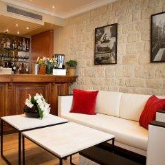 Отель Elysees Opera Франция, Париж - отзывы, цены и фото номеров - забронировать отель Elysees Opera онлайн гостиничный бар