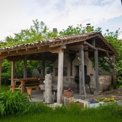Отель Mutafova Guest House Шумен фото 4