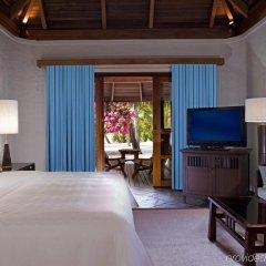 Отель Sheraton Maldives Full Moon Resort & Spa Мальдивы, Остров Фуранафуши - отзывы, цены и фото номеров - забронировать отель Sheraton Maldives Full Moon Resort & Spa онлайн комната для гостей фото 2