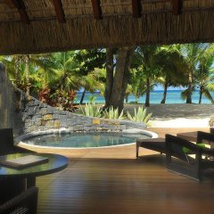 Отель Beachcomber Trou aux Biches Resort & Spa гостиничный бар