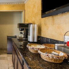 Отель Rodeway Inn & Suites Pacific Coast Highway США, Лос-Анджелес - отзывы, цены и фото номеров - забронировать отель Rodeway Inn & Suites Pacific Coast Highway онлайн в номере фото 2