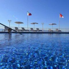 Отель Dolce Vita Франция, Аджассио - отзывы, цены и фото номеров - забронировать отель Dolce Vita онлайн бассейн фото 2