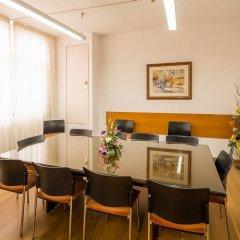 Отель Aparthotel Bertran Испания, Барселона - отзывы, цены и фото номеров - забронировать отель Aparthotel Bertran онлайн помещение для мероприятий