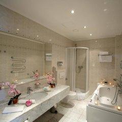 TOP Hotel Ambassador-Zlata Husa ванная фото 2