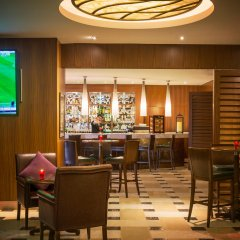 Отель Sofitel Dubai Jumeirah Beach гостиничный бар