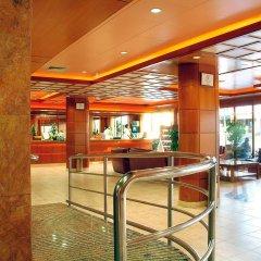 Отель H·TOP Royal Beach Испания, Льорет-де-Мар - 3 отзыва об отеле, цены и фото номеров - забронировать отель H·TOP Royal Beach онлайн интерьер отеля фото 2