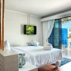 At Zea Hotel Phuket комната для гостей фото 2
