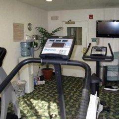 Отель TownePlace Suites by Marriott Indianapolis - Keystone фитнесс-зал фото 2