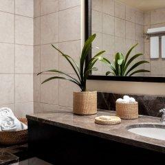 Отель Vouliagmeni Suites ванная фото 2
