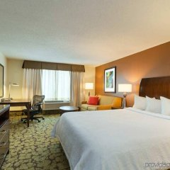 Отель Hilton Garden Inn Orlando at SeaWorld комната для гостей фото 4