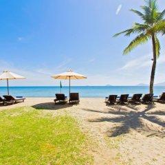 Отель Hoi An Beach Resort пляж