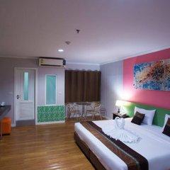 Отель Metro Resort Pratunam Бангкок комната для гостей фото 2