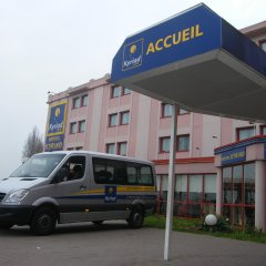 Hotel Kyriad Orly Aéroport Athis Mons городской автобус