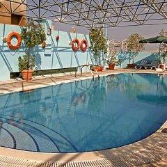 Отель Delmon Palace Дубай бассейн